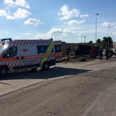 Incidenti anche in città. Tre feriti, traffico bloccato
