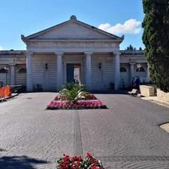 Nuova pavimentazione del cimitero