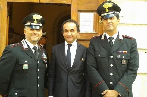 Ninni Gemmato con i capitani Vito Ingrosso e Paolo Milici