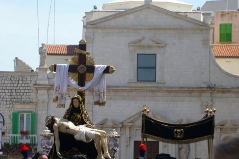 La Pietà in processione