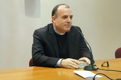 don Panzetta (foto sitoweb Diocesi Molfetta)