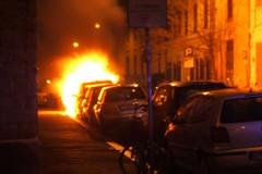 Ieri notte, ennesima auto incendiata