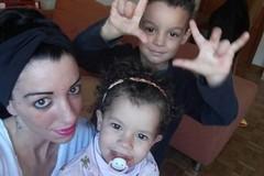 Yassin e Yasmine tornano in Italia dalla madre Rosa Mezzina