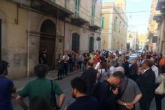 Sit-in di solidarietà: Molfetta abbraccia Matteo d'Ingeo
