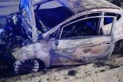 Roghi d'auto, il Liberatorio: «Ma dopo 358 roghi c'è un'indagine in corso?»