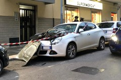 Ordigno sul cofano: distrutta un'Alfa Romeo Giulietta