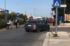 Bambino investito in via Berlinguer, la famiglia: «Chi ha visto parli»