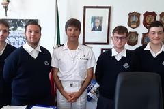 """Concluso il tirocinio degli studenti del """"Vespucci"""" presso la Capitaneria di Porto di Molfetta"""