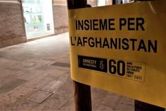 Il gruppo Amnesty di Molfetta in piazza per aiutare l'Afghanistan