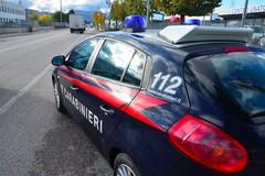 Rubano un'auto e si danno alla fuga sulla 16 bis, arrestati dai Carabinieri