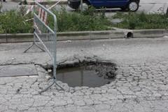 Stop a buche nell'asfalto e marciapiedi pericolosi a Molfetta. Ecco i progetti esecutivi