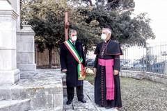 """Benedette le nuove croci del monumento """"Calvario"""" a Molfetta"""