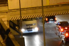 Tir urta conto ponte ferroviario di via Terlizzi