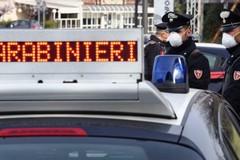 Rubano profumi per 700 euro, due arresti dei Carabinieri
