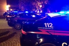 Lite familiare, poi se la prende anche con i Carabinieri: arrestato