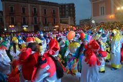 """""""Viva il Carnevale"""", oggi dalle 15.30 in diretta streaming da Piazza Cesare Battisti a Corato"""
