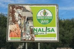 Strappati i manifesti elettorali di Annalisa Altomare a Molfetta