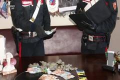 Viola il decreto sul Coronavirus per spacciare: arrestata una 28enne