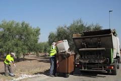 Raccolta rifiuti straordinaria nell'agro, tornano i compattatori per le festività