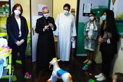 Il Vescovo Cornacchia in visita pastorale al nido comunale di Molfetta