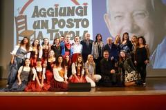 """Aggiungi un posto… a teatro"": Molfetta applaude Enzo Garinei"