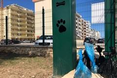 Escrementi nel dog park di Molfetta: «Presto ci saranno sanzioni»