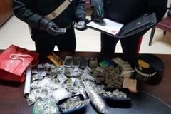 Oltre 300 grammi di marijuana sul soppalco: preso un 20enne