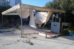 Distributori di benzina in disuso, degrado e abbandono in via Giovinazzo