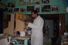 Dai carri allegorici ai presepi: la storia di Gino Cantatore, maestro cartapestaio di Molfetta