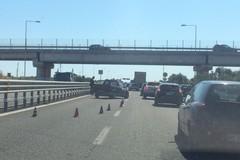 Spettacolare inseguimento sulla SS16: i Carabinieri bloccano un'auto