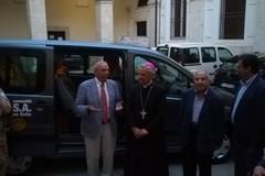 """Il Rotary Club di Molfetta dona un pulmino alla C.A.S.A. """"don Tonino Bello"""" - LE FOTO"""