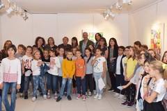 """Inaugurata la mostra delle opere del Maestro Addamiano e degli alunni della scuola """"Cozzoli"""""""