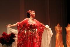 """""""Rosso Porpora"""", standing ovation per Daniela Musini nelle vesti di Maria Callas - LE FOTO"""