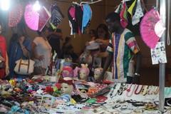 Ultimo mercato serale a Molfetta: la città affolla ancora il Lungomare