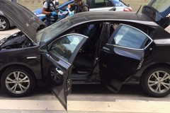 Ritrovata a Bari auto rubata a Molfetta. All'interno un bossolo