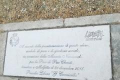 Inaugurata la pietra d'inciampo del presidio di Libera intitolato a Gianni Carnicella