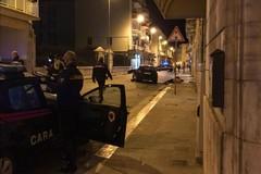 Auto piomba su pattuglia, ferito agente della Polizia Locale
