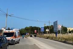 Incidente nei pressi dello svincolo per la zona industriale di Molfetta: moto sull'asfalto