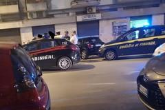Attimi di tensione in zona Villa Comunale. Sul posto Carabinieri e Guardia di Finanza