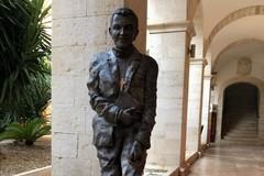 Una statua di don Tonino Bello in dono alla Basilica della Madonna dei Martiri