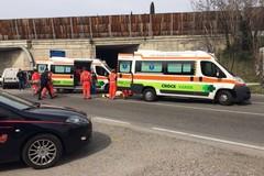 Due veicoli si scontrano sulla strada provinciale per Terlizzi: ferite le persone a bordo