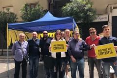 Il Movimento 5 Stelle in piazza a Molfetta per presentare il contratto di Governo