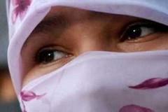 """Giovane marocchina subisce violenze dalla sua famiglia perché non rispetta le """"regole"""" dell'Islam"""