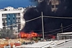 Vasto incendio in via Fondo Favale. Fiamme e fumo a Ponente