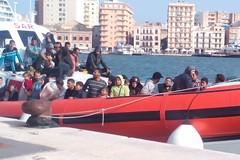 Molfetta per la Puglia: «Disponibilità ad accogliere bambini e donne migranti»