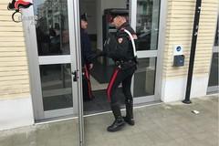 Rapina sull'Intercity, incastrato dalle telecamere: arrestato un 36enne