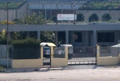 Multiservizi a lavoro per il ripristino di griglie, tombini e caditoie stradali a Molfetta