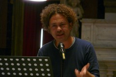 """Michele Santeramo ha presentato il libro sul """"suo"""" don Tonino"""
