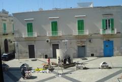 Piazza Principe di Napoli, degrado in pieno centro a Molfetta