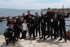 """Progetto """"Difendiamo il mare"""". Domenica con Poseidon blu team i sub ripuliscono i fondali del Lungomare Colonna"""
